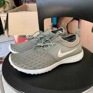 Nike Women's Running Shoes (Brand New)